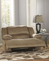 Ashley Hogan 578 oversize recliner